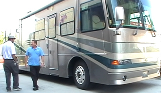 motorhome and rv light collision and cosmetic damage paint and repair from www.thecrashdoctor.com