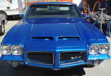 auto body paint refinish experts center to bring value back to your car from www.thecrashdoctor.com photo